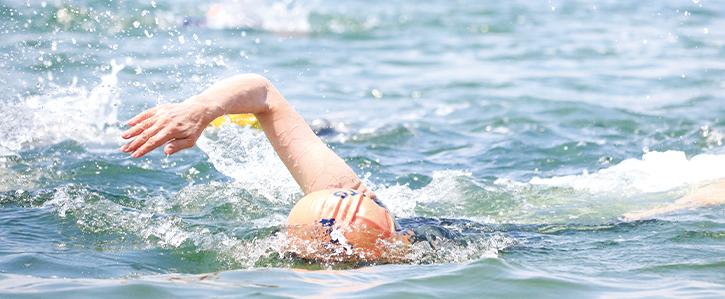 トライアスロン水泳画像